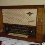 radio manopole pulsanti
